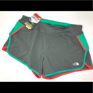 NWT The North Face Large GTD Running Shorts Lining